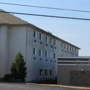 Hotels near Cedar Street Playhouse - Super 8 By Wyndham Rolla