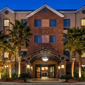 Hotels near UTSA Convocation Center - Staybridge Suites Nw Near Six Flags Fiesta