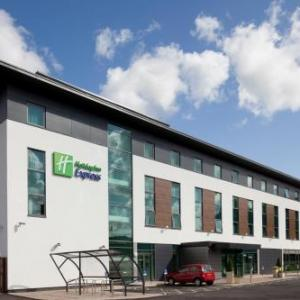 Hotels near Burnley Mechanics - Holiday Inn Express Burnley M65 Jct 10