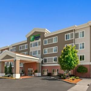 Holiday Inn Express and Suites Sumner