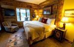 Alta Wyoming Hotels - Bentwood Inn