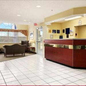 Microtel Inn & Suites By Wyndham Thomasville/High Point/Lexi