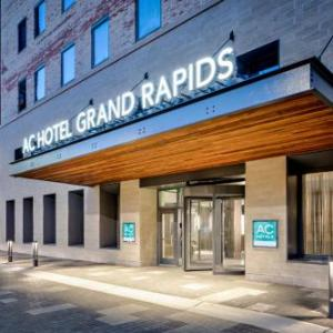 Tip Top Deluxe Bar and Grill Hotels - AC Hotel Grand Rapids Downtown