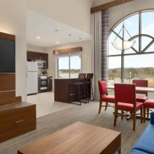 Holiday Inn Express Hotel & Suites Opelika Auburn