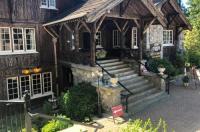 The Latch Inn Image