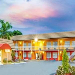 Powel Crosley Estate Hotels - Sarasota Knights Inn