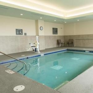 La Quinta Inn & Suites by Wyndham Lake City
