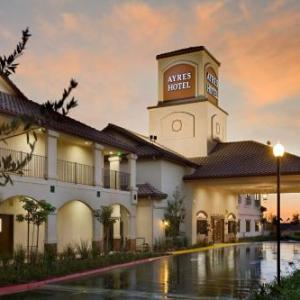 Hotels near Splash Kingdom Waterpark at Pharaoh's - Ayres Hotel Redlands