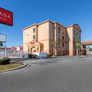 Marina Civic Center Hotels - Ramada by Wyndham Panama City