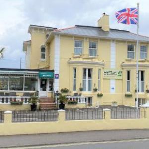 Hotels near Palace Theatre Paignton - Paignton Court