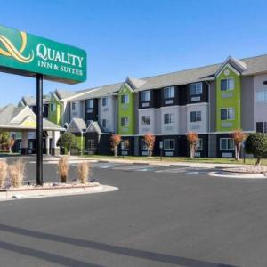 Randolph-Macon College Hotels - Quality Inn & Suites Ashland near Kings Dominion