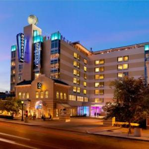 Hotels near Washington University St. Louis - Moonrise Hotel