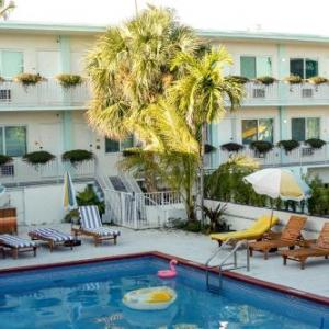 Hotels near Miami Theater Center - Motel Blu
