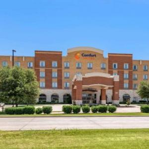 Hotels near Toyota Stadium Frisco - Comfort Suites Frisco