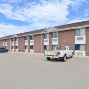 Hotels near Madison County Fairgrounds - Econo Inn