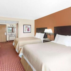 Iowa State Center Hotels - Days Inn By Wyndham Ames