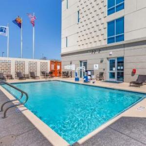 Holiday Inn Express & Suites - Phoenix Dwtn - State Capitol an IHG Hotel