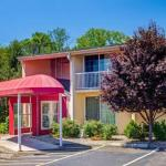 Super 8 by Wyndham Hartford South -Rocky Hill