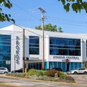 Hotels near Templeton-Blackburn Alumni Memorial Auditorium - Athens Central Hotel