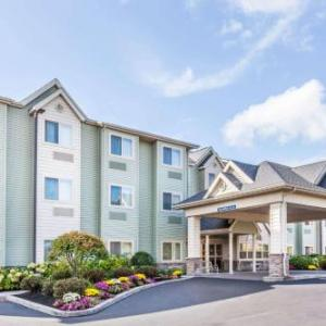 Atunyote Golf Club Hotels - Microtel Inn & Suites By Wyndham Verona