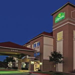 MSR Houston Hotels - La Quinta Inn & Suites Angleton