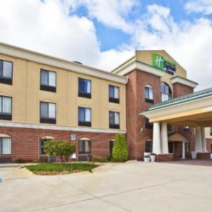 Hotels near Elkhart County 4-H Fairgrounds - Holiday Inn Express Hotel & Suites Goshen