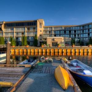 Cowichan Performing Arts Centre Hotels - Oceanfront Suites at Cowichan Bay