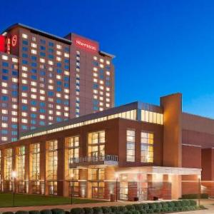 Hotels near Overland Park Convention Center - Sheraton Overland Park Hotel At The Convention Center