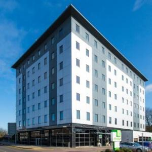 Hotels near The Lamex Stadium  - Holiday Inn Stevenage
