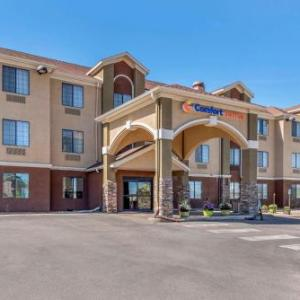 Hotels near Castle Pines Golf Club - Comfort Suites Castle Rock