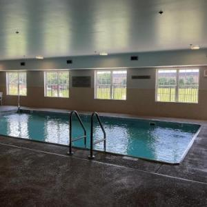 Herrin Civic Center Hotels - Country Inn & Suites By Carlson Marion