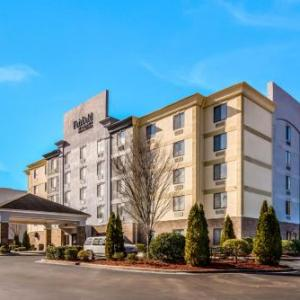 Hotels near Emerald Pointe Water Park - Comfort Suites Four Seasons