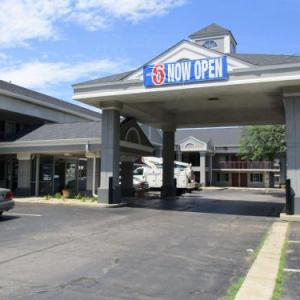 Standard Bank Stadium Hotels - Days Inn Alsip
