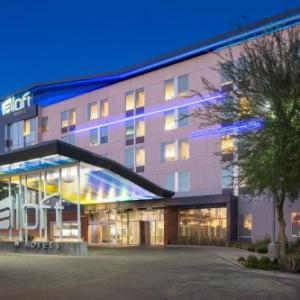 Hotels near Casino Arizona Field - Aloft Tempe