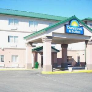 Days Inn And Suites Of Morris