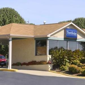Martinsville Speedway Hotels - Travelodge by Wyndham Ridgeway Martinsville Area