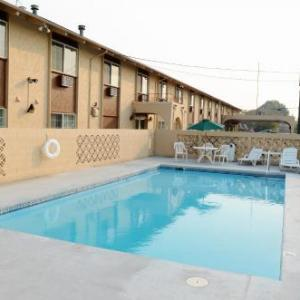 Hotels near St Paul's Cathedral Yakima - Days Inn Yakima