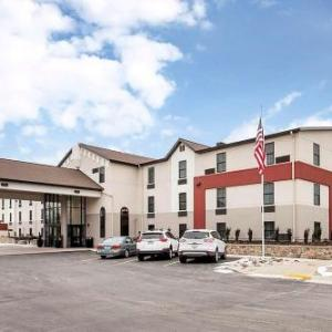The Pinnacle Center Hotels - Best Western Plus Grand Castle Inn & Suites Grand Rapids West