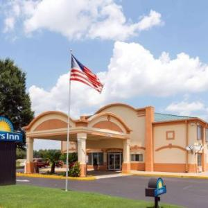 Days Inn By Wyndham Coliseum Montgomery Al