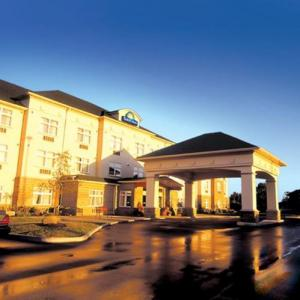Hotels near Casino Rama - Days Inn Orillia