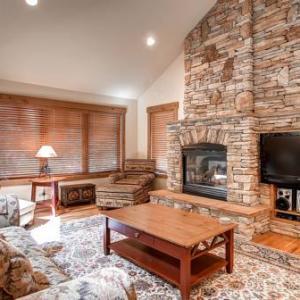 Mallard Court by Colorado Rocky Mountain Resorts