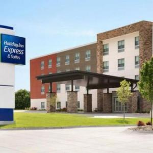 Holiday Inn Express & Suites - Lincoln Downtown  an IHG Hotel