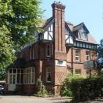 Hare and Hounds Birmingham Hotels - Awentsbury Hotel near Birmingham University