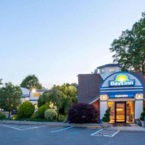 Days Inn By Wyndham Nanuet /Spring Valley