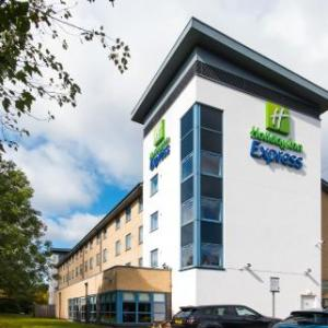 Lydiard Park Hotels - Holiday Inn Express Swindon West