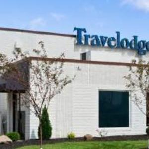 Hotels near The Youngstown Foundation Amphitheatre - Travelodge by Wyndham Hubbard OH