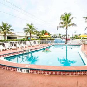 Econo Lodge Cocoa Beach