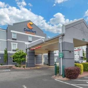 Comfort Suites At Rivergate Mall