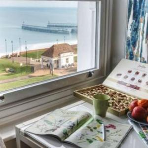 Hotels near Whitby Pavillion - Discovery Accommodation