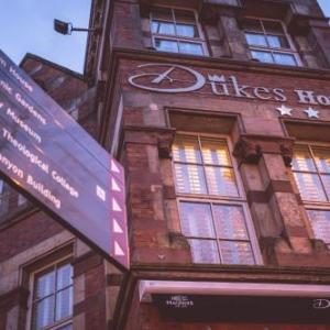 Hotels near Oh Yeah Music Centre Belfast - Dukes At Queens